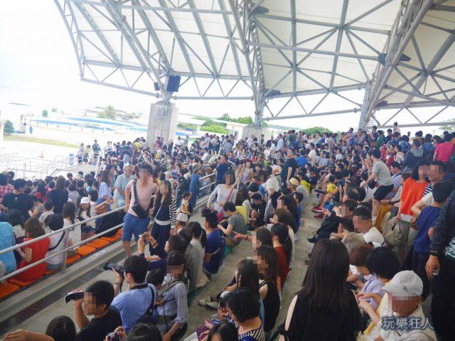 『海洋博公園』海豚劇場-觀眾席