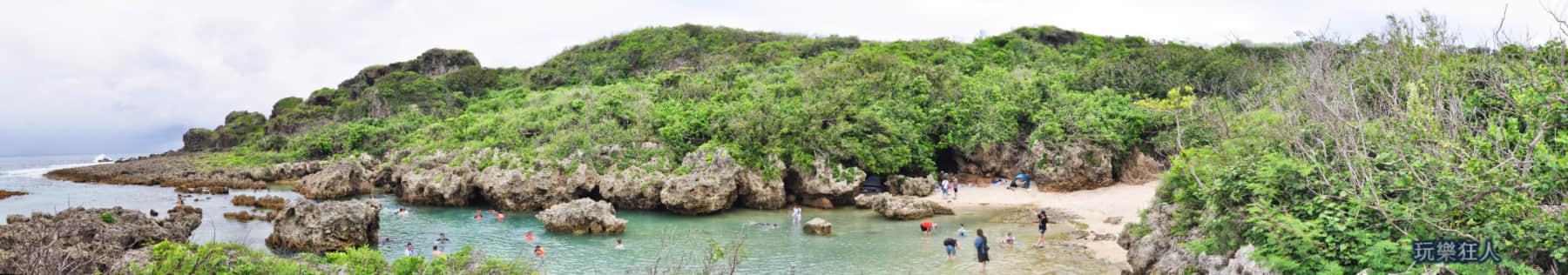 「小巴里島岩」礁岩戲水區環景