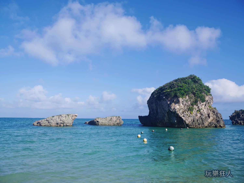 「新原海灘」偽船帆石